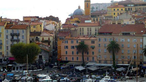 Location appartement en Corse